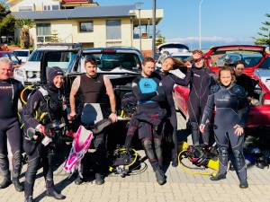 Divers gear up ready to tackle ocean debris