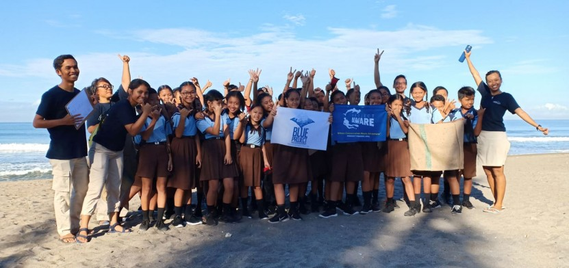 Blue Project by AMD-B: Not just a Beach Clean-up - AquaMarine Diving - Bali goes to school!